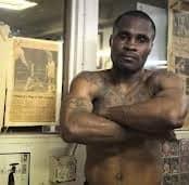 Экс-чемпион мира по версии WBA подозревается в ограблении банков